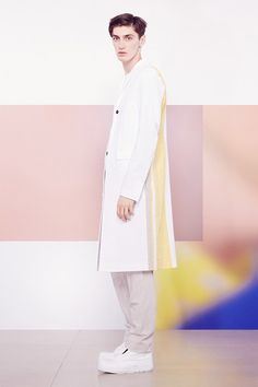 Catwalk photos and all the looks from Jil Sander Spring/Summer 2015 Menswear Milan Fashion Week