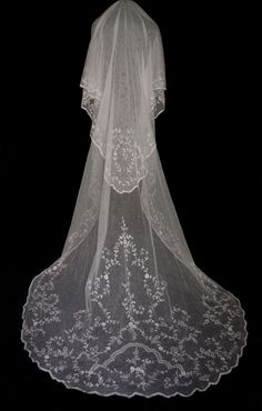 vintage LACE WEDDING VEILS