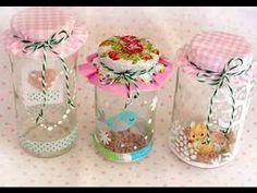 Little decorated jars Mason Jar Crafts, Mason Jar Diy, Bottle Crafts, Easy Diy Crafts, Diy Arts And Crafts, Crafts For Girls, Diy For Kids, Vasos Vintage, Decoupage Jars