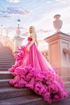 tinnacriss: Dress by Fairytale Gown, Fantasy Gowns, Beautiful Gowns, Belle Photo, Dream Dress, Pretty Dresses, Marie, Wedding Gowns, Ball Gowns