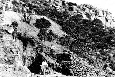 Mining Manganese on the slopes of Constantiaberg 1909 Old Pictures, Old Photos, Cape Town South Africa, Antique Maps, Old Things, Camps, History, Homeland, Posters