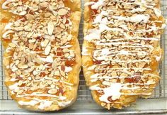 Almond and Apricot Danish Almond Pastry, Baking With Almond Flour, Baking Flour, Pastry Recipes, Cake Recipes, Dessert Recipes, Cooking Recipes, My Favorite Food, Favorite Recipes