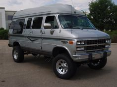 conversion kit for chevy Chevy 4x4, Chevy Trucks, Gm Trucks, Motorcycle Camping, Camping Gear, Station Wagon, 4x4 Van Conversion, Lifted Van, Chevrolet Van
