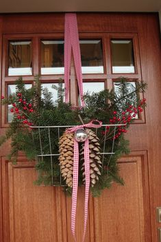 Bicycle Basket Door Arrangement...OKAY I AM SO DOING THIS CAUSE IT' S MINIMAL TIME & SWEET!!!!