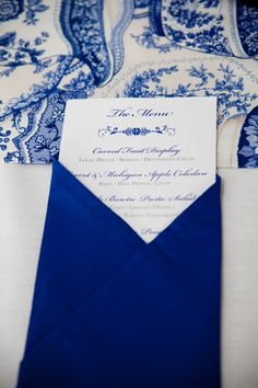 Colbalt Blue Table Setting #navy & white retro wedding board... Wedding ideas for brides, grooms, parents & planners ... https://itunes.apple.com/us/app/the-gold-wedding-planner/id498112599?ls=1=8 … plus how to organise an entire wedding, without overspending ♥ The Gold Wedding Planner iPhone App ♥