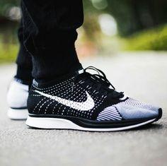 070d34ddb57 Nike Flyknit Racer