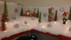 Christmas Cubicle...my winter wonderland on top cubicle shelf!