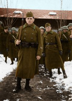Soldiers in winter. by on DeviantArt Ww2 Uniforms, German Uniforms, Ww2 Pictures, Ww2 Photos, Luftwaffe, War Dogs, Austro Hungarian, German Army, Military History