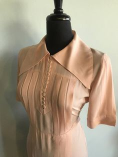 RESERVED! Vintage Art Deco 1930s Blush Rayon Short Sleeve Day Dress With Huge Collar - Medium/Large