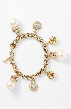 Pretty! Faux Pearl Charm Bracelet