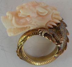 Superb 14K Yellow Gold Angel Skin Coral carved Dragon head Chinese export ring