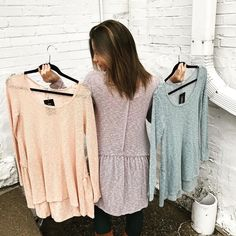 """This top is so cute with the ruffle in the back """"Ruffle Some Feathers Top"""" (($44)) Comes in Teal Taupe and Grapefruit!!  FREE SHIPPING Call 440.893.9279 email sales@sanitystyle.com to order or shop in store    #sanitystyle #sanitychagrinfalls #shoplocal #chagrinfalls #shopchagrinfalls #boutique #freeshipping #cleveland #clevelandfashion #clevelandstyle #style #shop #cle #thisiscle #love #selloninsta #instasale #fashionpost #beautiful #picoftheday #shopping #shopaholic #fall #fallfashion…"""