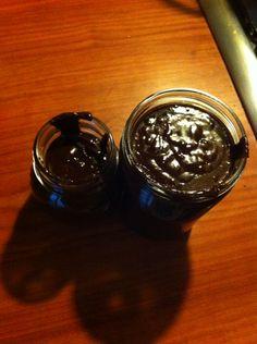 Crema di nocciole spalmabile Ingredienti: Nocciole 200gr Cacao amaro 20 gr Latte di nocciole 200 gr Zucchero di canna integrale 120 gr Cioccolato fondente 120 gr