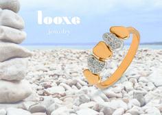 A nova coleção Looxe inspira-se nos seixos da praia. Jóias relacionadas com a magia do ambiente #looxe #looxejewelry #jewelry #novacoleção #verão #seixosdapraia #praia #ambiente The new collection Looxe is inspired by the beach pebbles. Jewelry related to environmental magic. #looxe #looxejewelry #jewelry #newcollection #summer #beachpebbles #beach #environmental