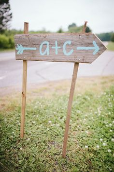 Eclectic Chic Country Wedding In Robins Egg Blue Cute Wedding Ideas, Chic Wedding, Rustic Wedding, Our Wedding, Dream Wedding, Fall Wedding, Wedding Inspiration, Wedding Direction Signs, Wedding Directions