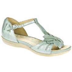 Clarks Female Pancake Shake Leather Upper Leather Lining in Jade CLARKS SHOES ? This T-bar sandal with an enclosed back is a perfect summer style. It has a feminine flower decoration on the upper and the comfortable casual look fastens at the ankle for an adjustabl http://www.comparestoreprices.co.uk/ladies-shoes/clarks-female-pancake-shake-leather-upper-leather-lining-in-jade.asp