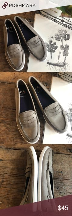 ce6c20a6fe9 Cole Haan Leather Loafers 8B Classic leather penny loafers from Cole Haan  in a grayish tan