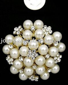 Random costume brooch that came up on google images. WIN