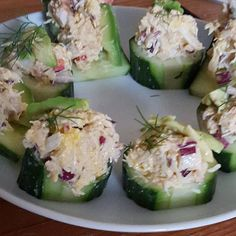 Cucumber stuffed with and avocado. Makes a very nice appetiser. Well Said Quotes, Potato Salad, Cucumber, Zucchini, Avocado, Appetizers, Vegetables, Ethnic Recipes, Gout