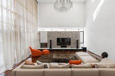 cool H 02 by Azovskiy & Pahomova architects