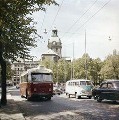 Trådbuss på linje 91 på Arsenalsgatan 1956