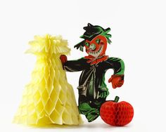 Vintage Halloween Decoration, Halloween Party Decor, Pumpkin Head Scarecrow by GizmoandHooHa on Etsy https://www.etsy.com/listing/484886583/vintage-halloween-decoration-halloween