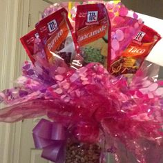 Mexican food secret pal gift--cute & different! Simple Gifts, Easy Gifts, Love Gifts, Creative Gifts, Homemade Gifts, Food Bouquet, Candy Bouquet, Teacher Gift Baskets, Teacher Gifts
