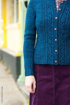Am swatching tonight - maybe Sanguine Gryphon Arge Moth Bugga for Elizabeth Doherty's Tenaya cardigan? Hand Knitted Sweaters, Sweater Knitting Patterns, Cardigan Pattern, Knitting Stitches, Knitting Designs, Knitting Yarn, Knit Patterns, Hand Knitting, Sweater Design