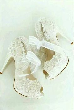 Pretty lace and bows