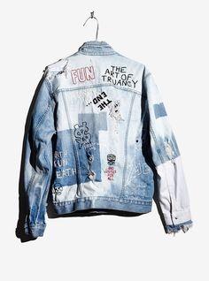 Unisex Jacket Wasted Roadie – ksubi Kustom Denim Jacket One of a . Style Masculin, Mode Jeans, Denim Ideas, Jackett, Mode Outfits, Denim Outfits, Denim Fashion, Street Fashion, Diy Clothes