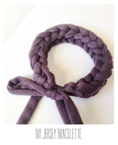 DIY jersey yarn bracelet tutorial Jersey-Armband Tutorial