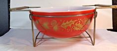 Vintage Pyrex Red Christmas Gold Leaf Holly 404 Mixing Bowl 4 Quart With Cradle #Pyrex