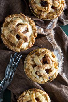 Mini Apple Raisin Pies in Jars | www.jellytoastblog.com | #apples #pie #recipe