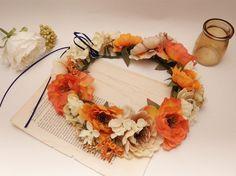 花冠ハロウィンカラーが秋らしい花冠です。 大きなお花がボリューミーで印象的。フェスにも、ハロウィンパーティーにもウェディング・2次会にも… 色ん...|ハンドメイド、手作り、手仕事品の通販・販売・購入ならCreema。