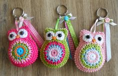 Bizzy Bee Klaske: Key and more . Crochet Owl Purse, Crochet Keychain Pattern, Owl Crochet Patterns, Crochet Owls, Knit Crochet, Diy Crafts Crochet, Crochet Gifts, Yarn Crafts, Crochet Projects