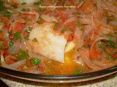Παστός μπακαλιάρος πλακί στο φούρνο με πατάτες - cretangastronomy.gr Thai Red Curry, Ethnic Recipes, Food, Essen, Meals, Yemek, Eten