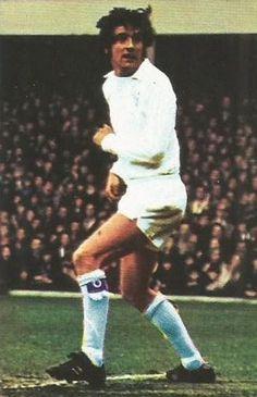 Norman Hunter of Leeds Utd in Norman Hunter, Leeds United, 1970s, The Unit, Football, Running, Style, Hs Football, Racing