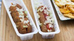Zelf frituursnacks maken: de curryworst special | VTM Koken