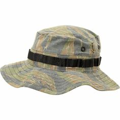 From a trip accross the Pacific or on a camping trip with friends the Boonie Woodland Camo bucket hat from Dark Seas is a good way to keep your head out the sun. This all over woodland camo bucket at features an adjustable chin strap, a sewn black strap t