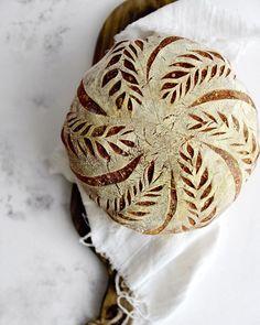 Artisan Bread Recipes, Sourdough Recipes, Sourdough Bread, Bread Head, Bread Art, Bakery Cafe, Yummy Cakes, Food Inspiration, Food Photography