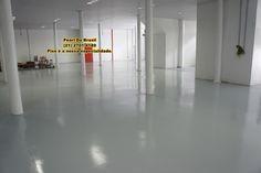 Epóxi em piso industrial, bem como, execução do concreto polido.