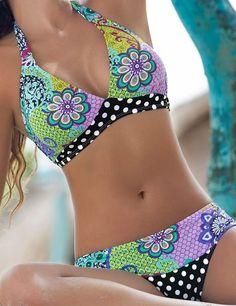 0d954c6fc0 51 fantastiche immagini su Swimwear