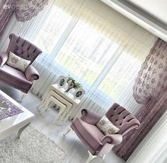 Sevcan hanımın beyaz ve mor uyumunda, sofistike evi. Living Room Decor 2018, Living Room Sofa Design, Home Living Room, Living Room Designs, Bedroom Decor, Classic Home Decor, Home Decor Furniture, Modern Bedroom, White Bedroom