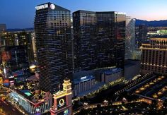 Experience a luxury Las Vegas hotel and casino along The Strip and explore the unexpected. At The Cosmopolitan of Las Vegas, the possibilities are endless. Las Vegas Hotels, Las Vegas Vacation, Casino Hotel, Las Vegas Strip, Machu Picchu, Cosmopolitan, Vegas Bachelorette, Beste Hotels, Condos For Sale