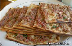 Etli Ekmek Tarifi ve bir çok kategoride farklı tatları biyemektarifi.com'da beğeninize sunuyoruz.
