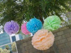 pompones de papel Jewelry, Fashion, Ideas, Paper Pom Poms, Mariage, Paper Envelopes, Events, Moda, Jewels