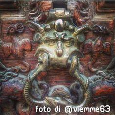 """""""Il portone del diavolo"""" #art #urban #archilovers. #Torino raccontata dai cittadini per #inTO Foto di viemme63"""