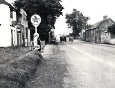 Naas road early 1960s Old Pictures, Old Photos, Vintage Photos, Ireland Homes, Best Memories, Dublin, Irish, History, Places