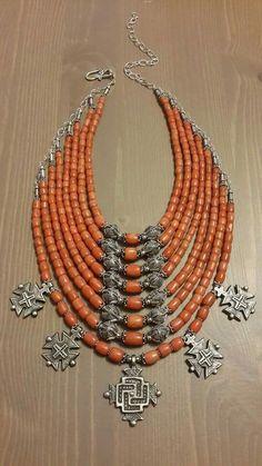 Салюк Coral Jewelry, Tribal Jewelry, Boho Jewelry, Jewelry Art, Jewelery, Handmade Jewelry, Jewelry Design, Unique Jewelry, Estilo Tribal
