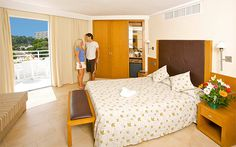 4* Ferrera Blanca Aparthotel Cala D'or, Majorca If you are lucky enough to stay at this hotel, your room will have a balcony or terrace, a mini bar and a kitchenette with a fridge/freezer. Each room also has air conditioning and a safe.